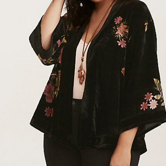 876cb1a998c Torrid 1 2 velvet cropped kimono new